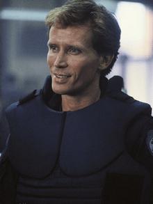Alec Murphy (Peter Weller)