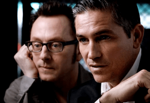 Finch (Michael Emerson) et Reese (Jim Caviezel)