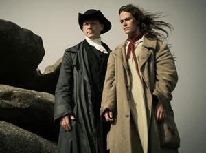 Ben Daniels (Francis Davey) et Mary Yellan (Jessica Brown Findlay)