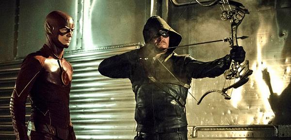 Flash VS. Arrow (c) the CW - diffusé les 2 et 3 décembre sur la CW -